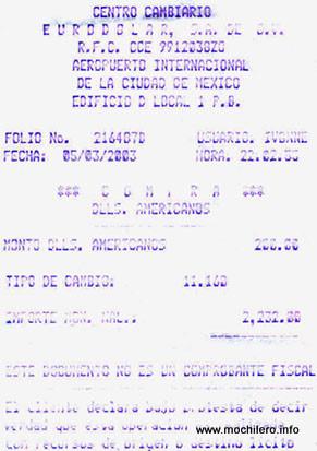 Ticket de compra de pesos mexicanos en el aeropuerto
